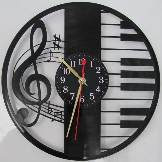Часы из пластинки как вырезать